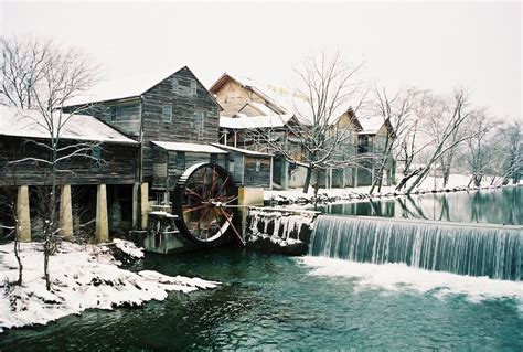 4 of the Best Things to Do in Pigeon Forge in February